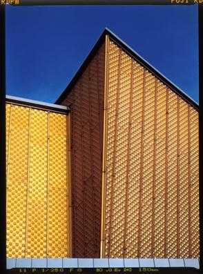 Eckdetail Fassade der Berliner Philharmonie am Kulturforum bzw Kemperplatz | Sharoun
