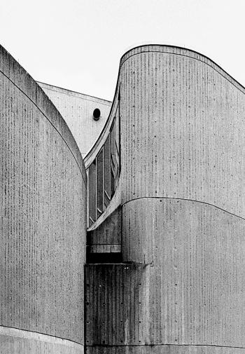 Beton Brutalismus - Instituts für Hygiene und medizinische Mikrobiologie - © bildraum-f | fotografie